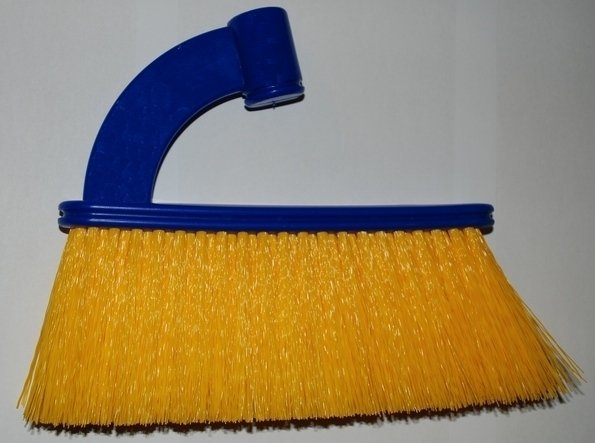 PICO BELLO 680,000 - outdoor broom 1