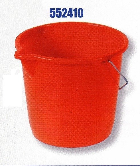 Plastic bucket RIVAL 552 410 to 10 liters with spout