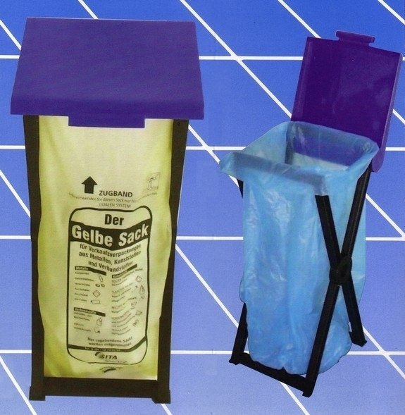 Foldable plastic stand RIVAL 560,000 for garbage bags 1
