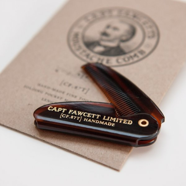 pocket-comb-captain-fawcett-smaller