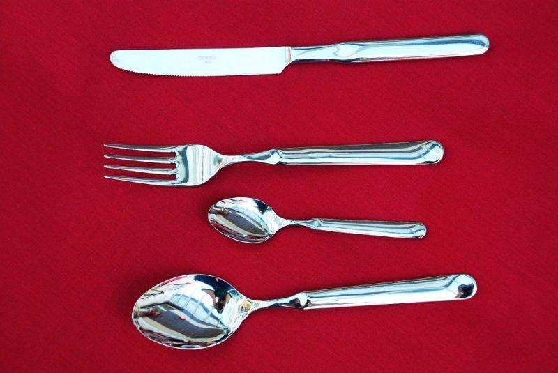 cutlery-set-vela